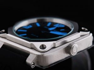 bell-amp-ross-black-dial-and-blue-marking-watch-34_3