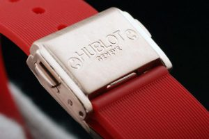 hublot-white-surface-red-bracelet-women-watches-hb2655-72_3